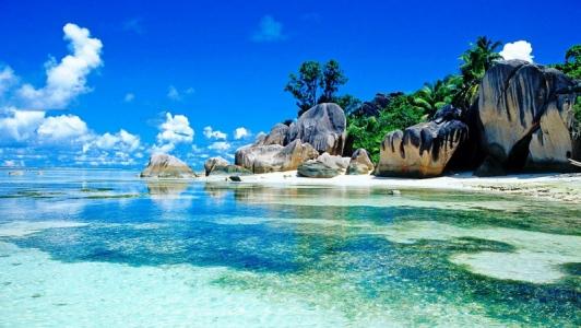1404814921_seychelles-island-beautiful